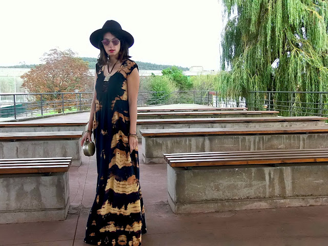 fashion, moda, look, outfit, blog, blogger, walking, penny, lane, streetstyle, style, estilo, trendy, rock, boho, chic, cool, casual, ropa, cloth, garment, inspiration, fashionblogger, art, photo, photograph, Avilés, oviedo, gijón, asturias, vestido, mono, jumpsuit, dress, tie, dye, handmade,