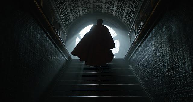 Veja Benedict Cumberbatch no ambicioso trailer de Doutor Estranho, da Marvel