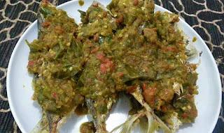Cara masak ikan kembung sambal balado hijau