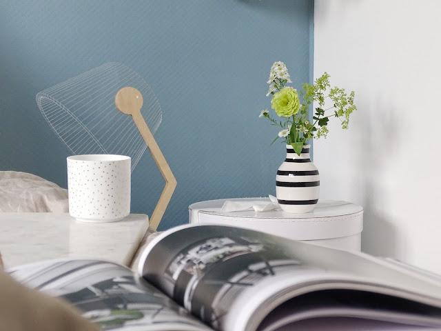 Schlafzimmer-Makeover mit neuer Wandfarbe - Tipps, Tricks und Gründe für dunklere Wandfarben in kleineren Räumen - www.mammilade.blogspot.de
