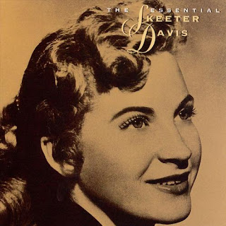 Skeeter Davis - The End Of The World on The Essential Skeeter Davis