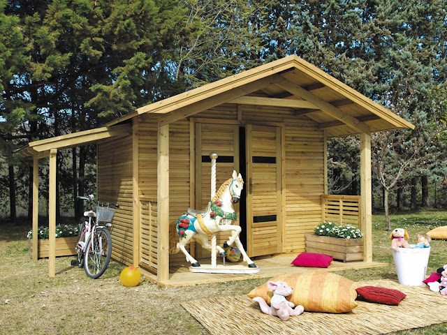 Metal Sheds vs Wooden Sheds: What Type of Sheddie are You?