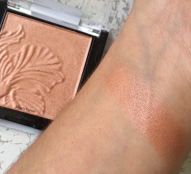 wet n wild megaglo highlighting powder aydınlatıcı e322b crown of my canopy swatch2