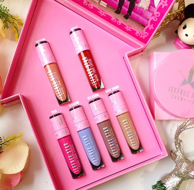 Like I said the liquid lipsticks come in a cute pink house, that have Jeffree Star Logo and right below holographic Family Collection. Once you open up ...