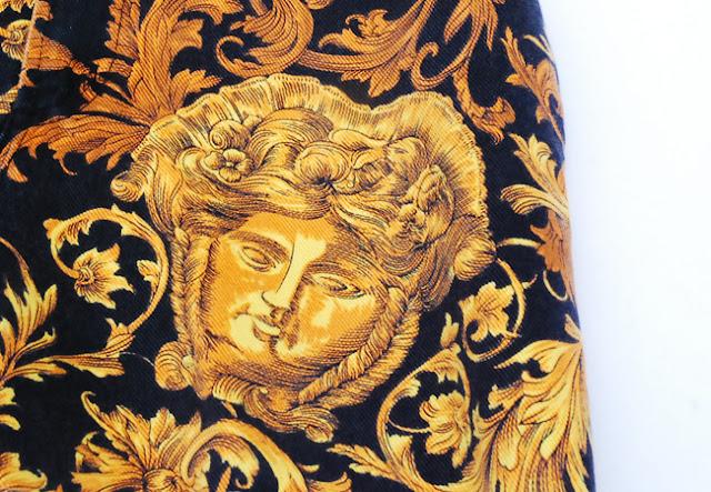 Qlozet News Quot Versace Quot Floral Pattern Short