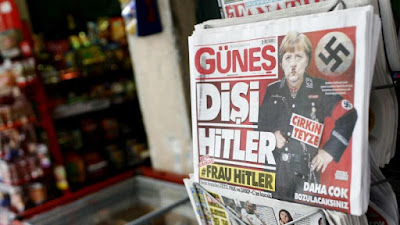 Jornal turco publica fotomontagem com o título Senhora Hitler
