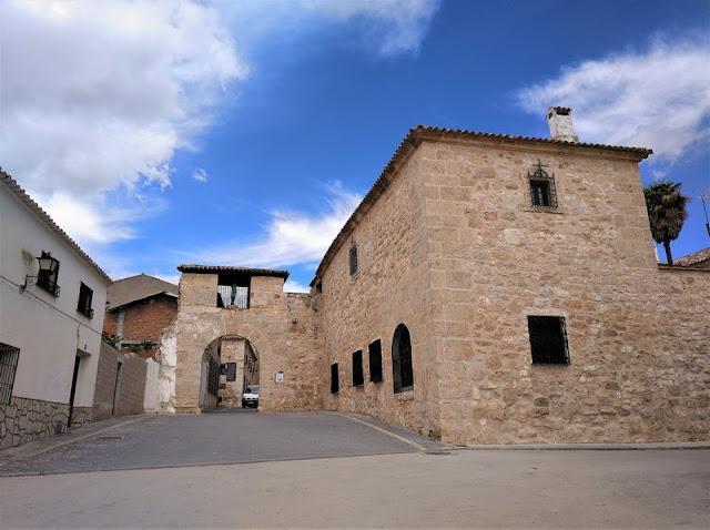 Belmonte, Puerta de Almudí