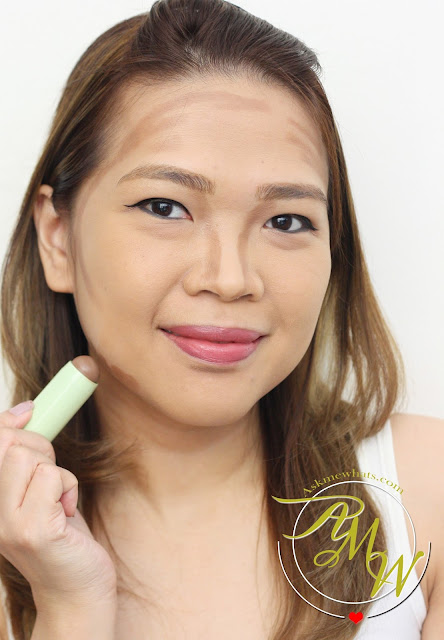 a photo on how to use Pixi By Petra MultiBalm 2-in-1 Cheek & Lip59 Cocoa