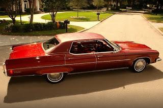 1973 Oldsmobile 98 Luxury Sedan Side Right