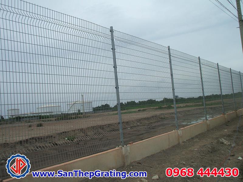Hình ảnh thực tế hàng rào lưới thép hàn ở công trình