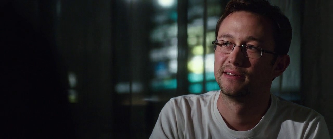 Snowden (2016) 3