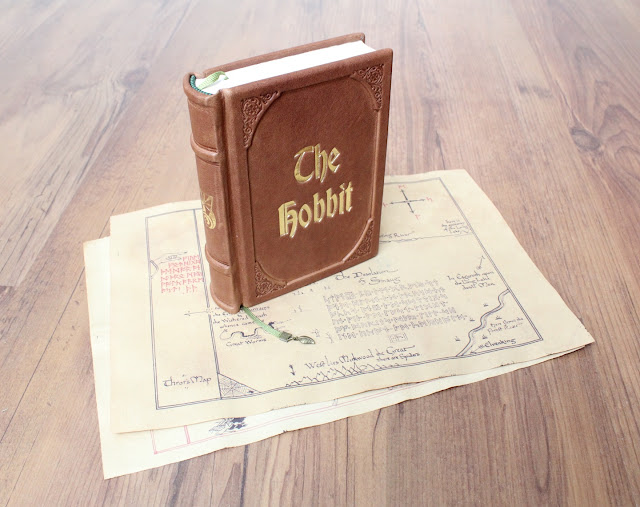 The Hobbit - leatherbound book + vintage maps