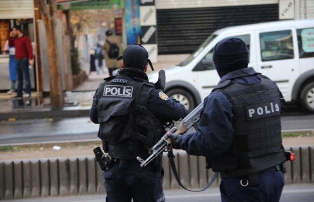 Αυστριακός δημοσιογράφος συνελήφθη στην Τουρκία ως ύποπτος για τρομοκρατία