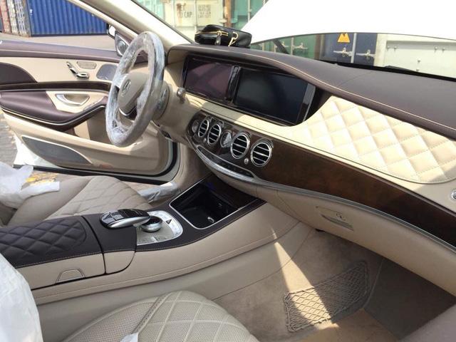 Mercedes-Maybach S600 Pullman đầu tiên Việt Nam 4
