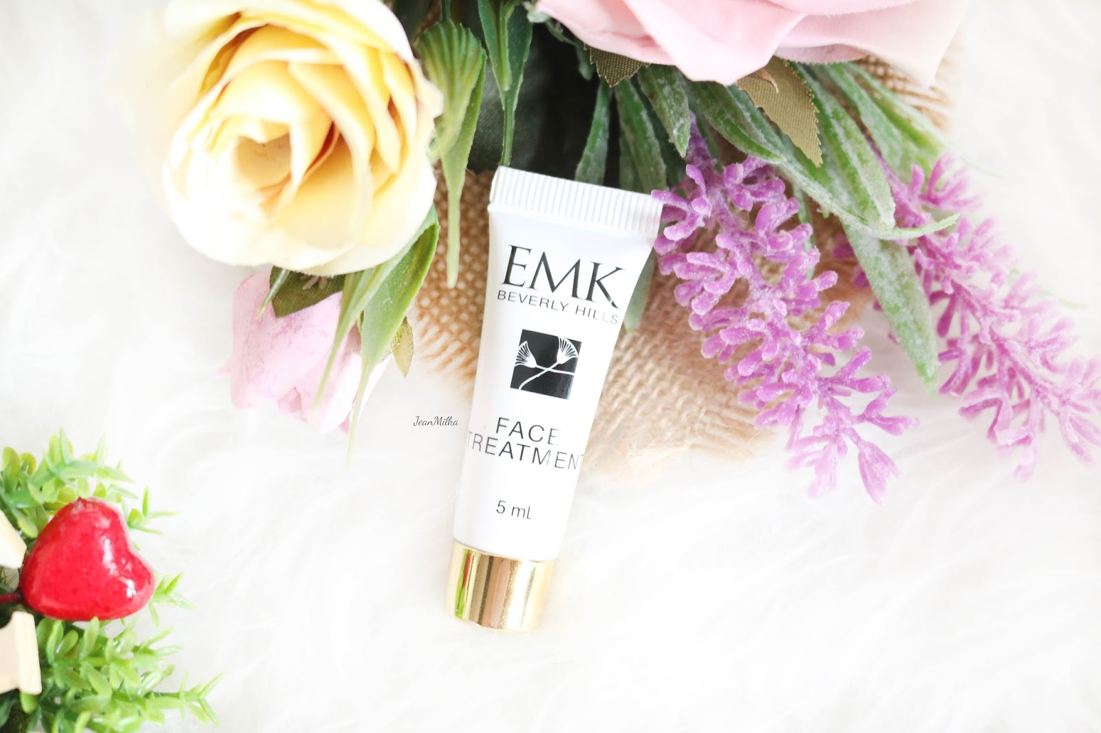 emk, emk beverly hills, review emk beverly hills, emk beverly hills skincare, skicare, review, product review, acne skincare, kulit berjerawat, emk face treatment
