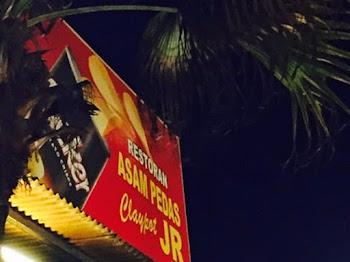Nikmati Asam Pedas Claypot JR di Dataran Pahlawan Melaka