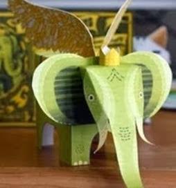 http://lasmanualidades.imujer.com/2010/12/07/elefante-con-alas-para-imprimir-y-armar