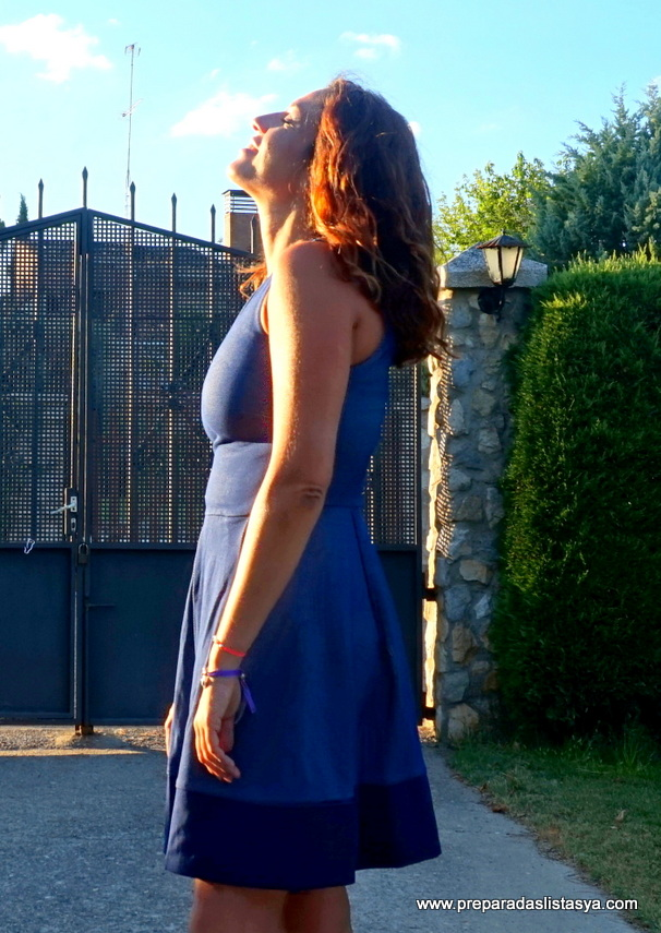 vestido corto cuadros azules blanco
