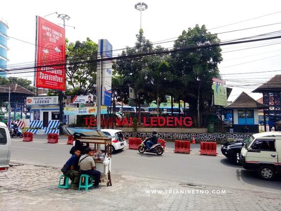 Gerai Bolu Susu Lembang Oleh-Oleh Khas Bandung