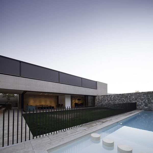 Casas minimalistas y modernas casa moderna de hormigon en for Casa moderna hormigon