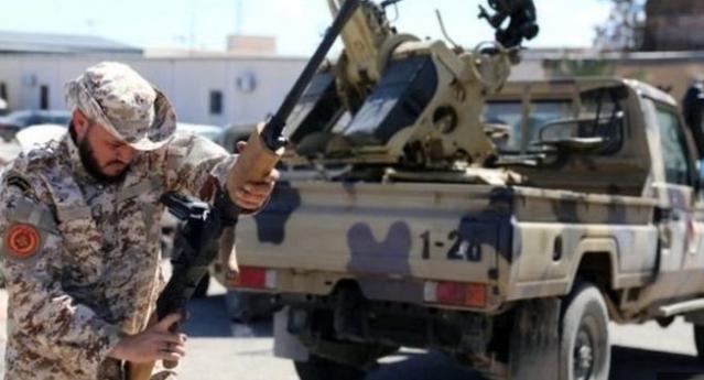الاتحاد الأوروبي  يدعو الجنرال حفتر إلى وقف الهجوم على العاصمة الليبية.
