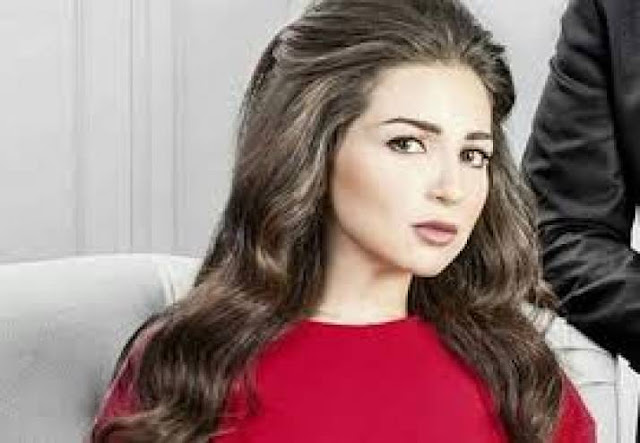 صورة| مفاجأة ... هذا هو خطيب الممثلة مي عز الدين! بعد أن فسخت خطوبتها قبل سنوات .. عادت لارتباط جديد!!