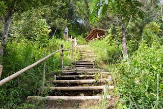 Serunya berwisata alam di Natural Hill