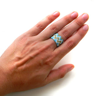 beaded ring beadwork beadwoven ring peyote jewelry anabel27