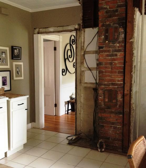 Kitchen Chimney Interior Design: Loft & Cottage: Brick Cleanup In The Kitchen