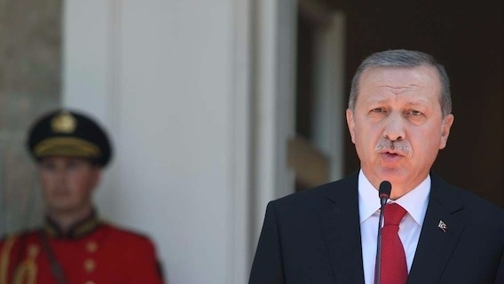 Mandats d'arrêts contre des journalistes après le coup d'état en Turquie.