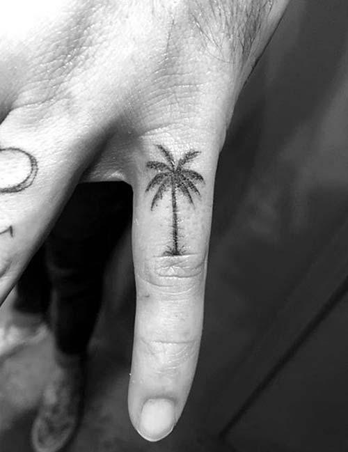 palmiye ağacı dövmesi küçük small palm tree tattoo