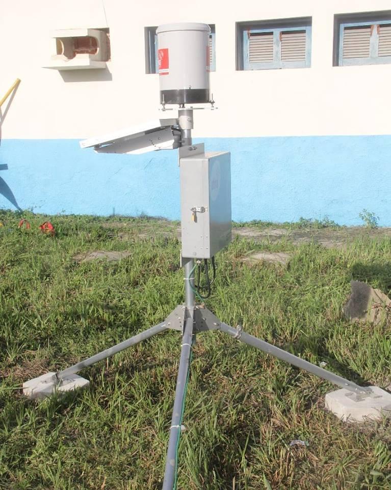 Pluviômetro é instalado na prefeitura de Chapadinha, equipamento tecnológico para o monitoramento de chuvas, tempestades ou desastres naturais.