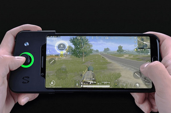 Xiaomi's Black Shark gaming phone goes official with 5.99-inch display, Shark GamePad, Liquid cooling and 8GB RAM