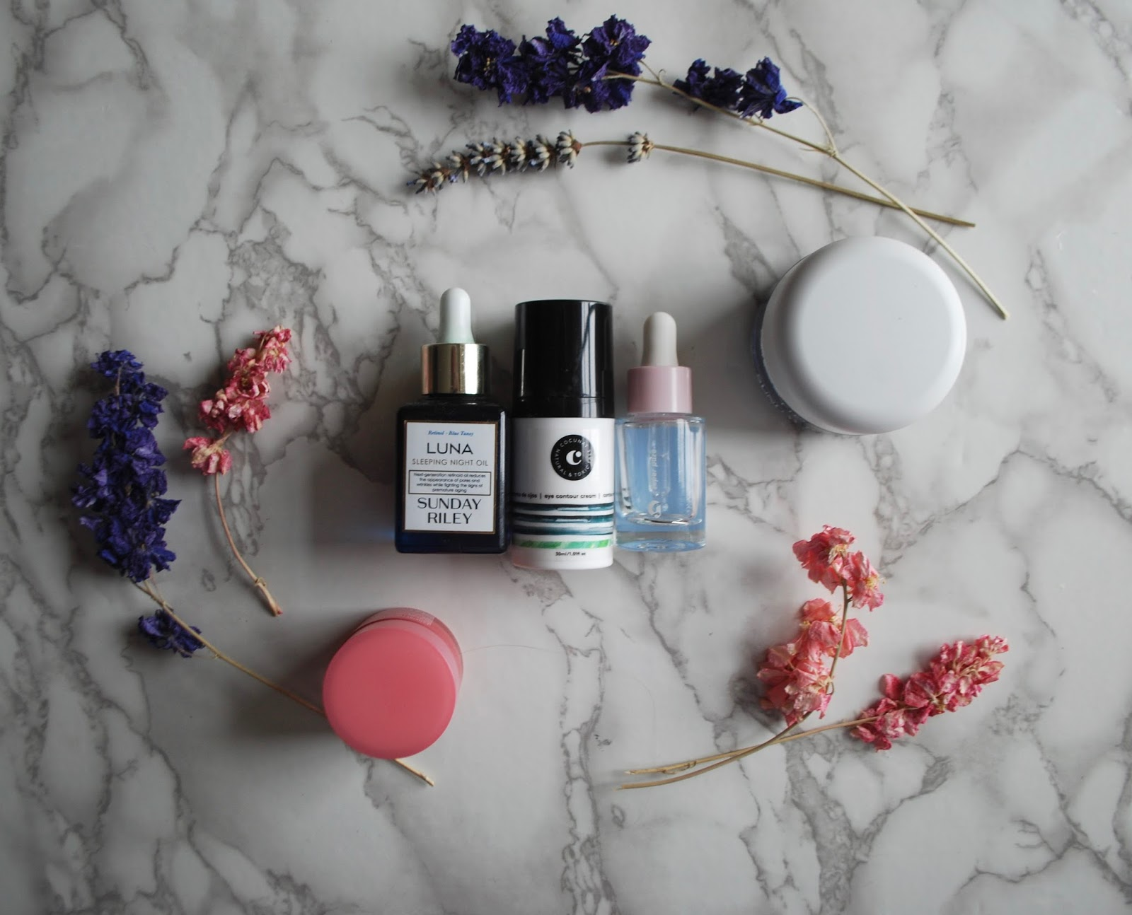 sensitive rosacea skin: my nighttime skincare routine