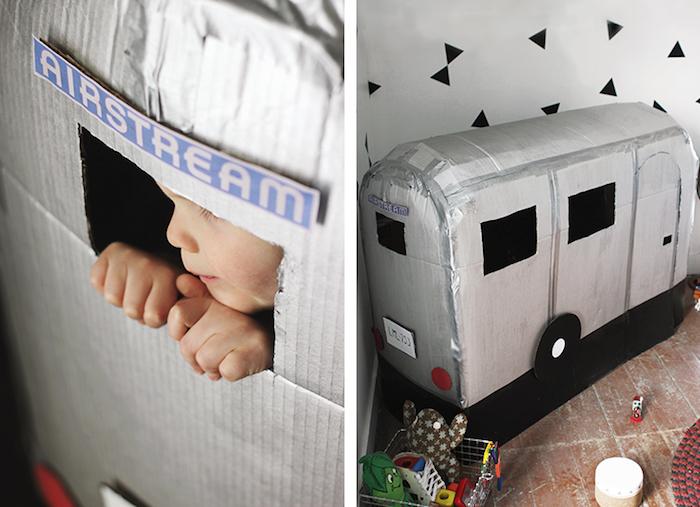 caravana juguete con cartón
