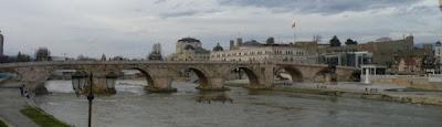 Puente de Piedra o Kamen Most.