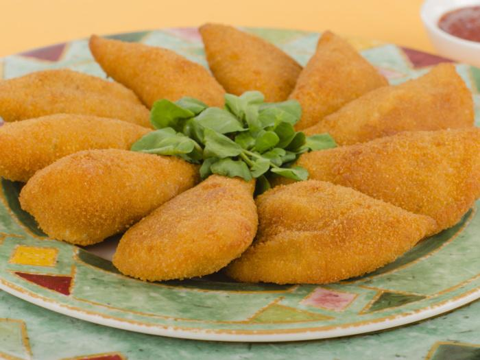 Cheese- or Walnut-Filled Crepes (_Atayef_) recipe ...