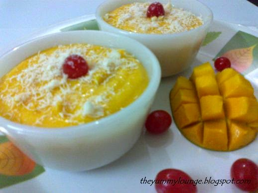 How to Make Eggless Mango Mousse Recipe