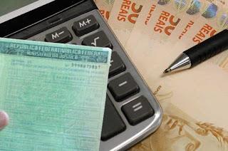 http://vnoticia.com.br/noticia/3486-rio-justica-decide-que-taxa-de-licenciamento-de-veiculo-deve-ser-paga