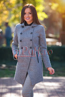 Palton elegant gri inchis cu detalii din piele ecologica neagra