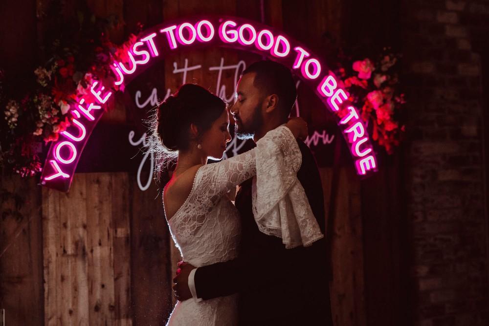 LOVE: RACHAEL + MILES   MODERN RUSTIC WEDDING MELBOURNE VIC