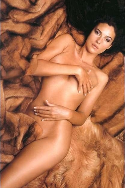 Hot girls Monica Bellucci nude Italian model & actress 2