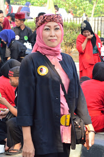 distro busana tradisional budaya Bekasi