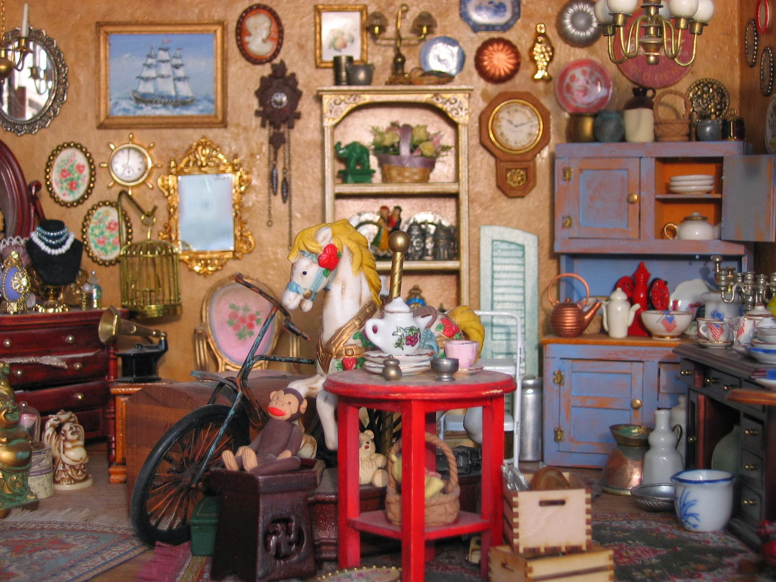 1:12 scale antique shop