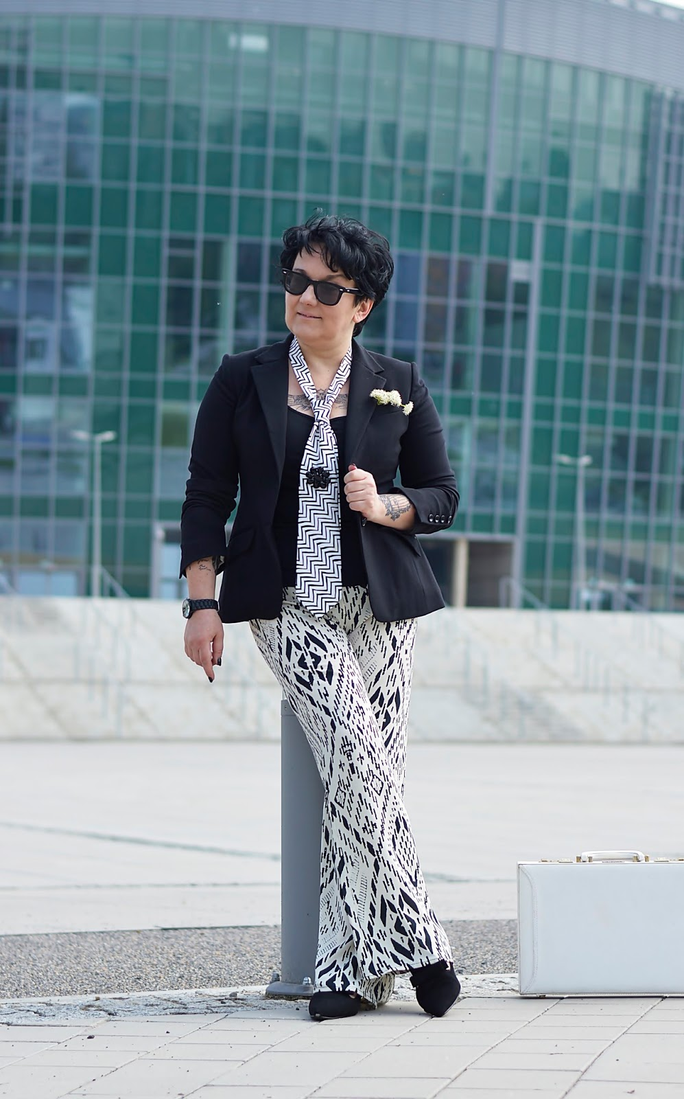 Black and white style, spring stylization, trendy pants, baggy pants