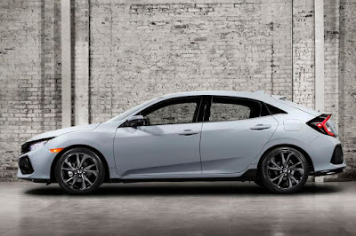 Honda Civic Hatchback (2017 North American Spec) Side