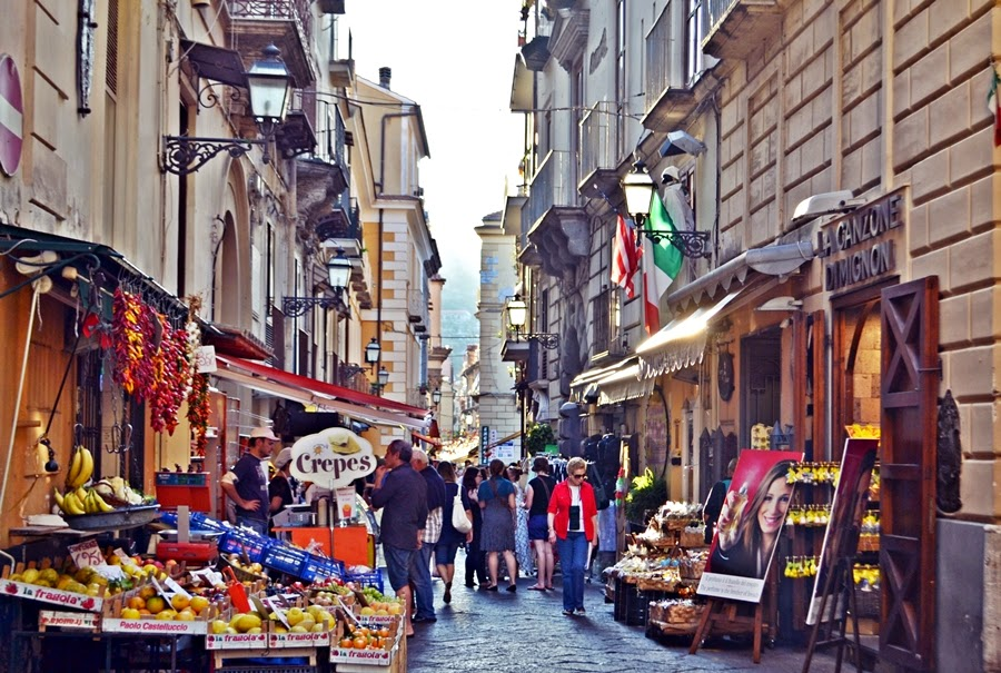Shopping Alleys in Sorrento