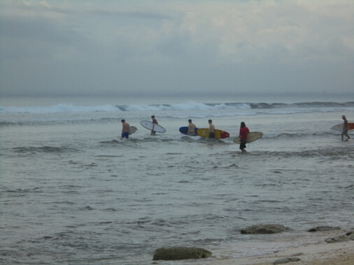 Balangan Beach Surfing