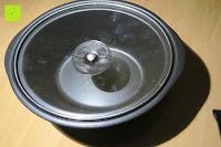 Deckel unten: Andrew James 3,5L Sizzle to Simmer 2 in 1 Digitaler Schongarer mit Entnehmbarer Aluminiumbratpfanne – Zum Braten, scharf Anbraten, Sautieren und Dämpfen – 2 Jahre Garantie