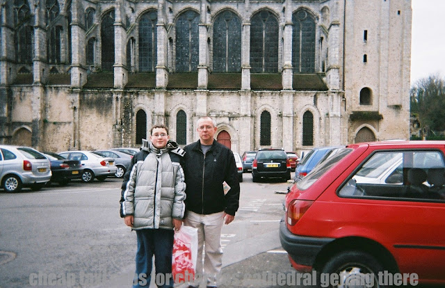 How to Find the Cheap Taxi Cabs for Chartres Cathedral Getting There?